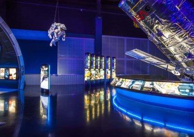 Kennedy Space Center Visitor Complex, Space Shuttle Atlantis Exhibit