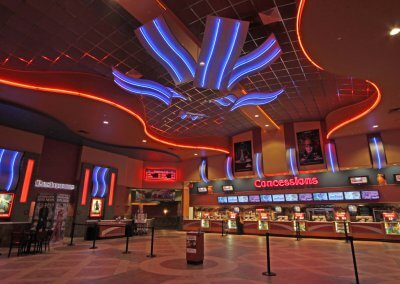 Regal Cinema 16, Southpark Mall